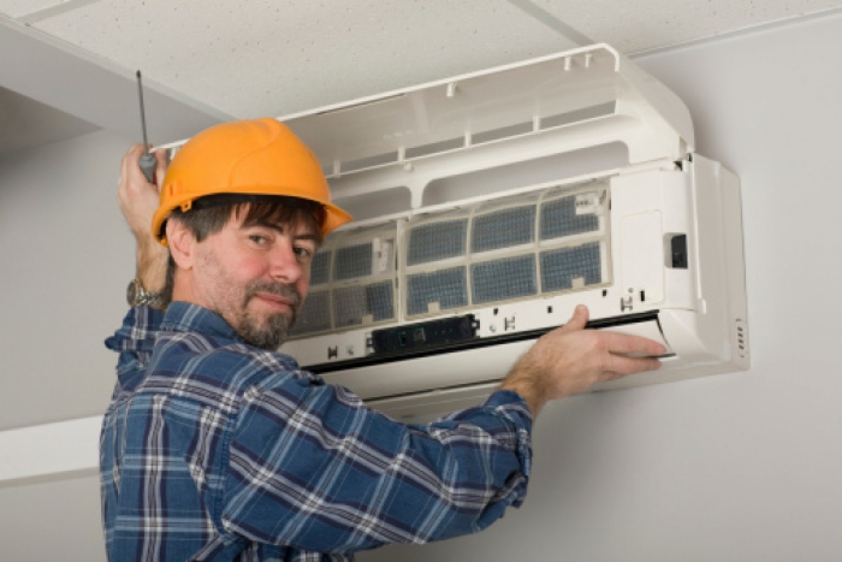 When to Replace an Air Conditioner